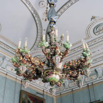 Lámpara de porcelana de Meissen.