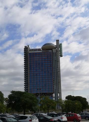 El hotel Hesperia Barcelona Tower, con su platillo en la azotea, fue el lugar elegido para la celebración del congreso