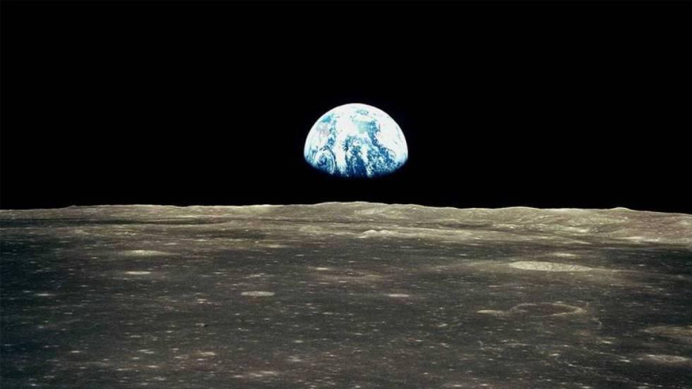 La Tierra, vista desde la Luna. rn