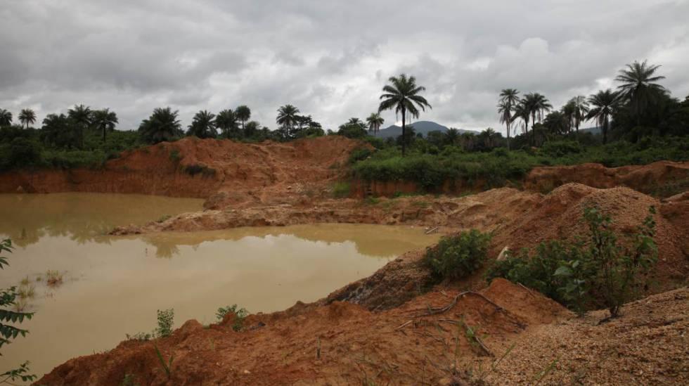 Una mina de oro china abandonada cerca de Masanga, en Sierra Leona.