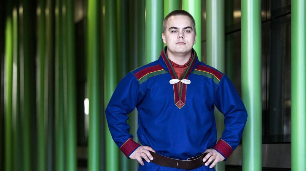 Thomas Hansen, joven indígena sami de la costa del Ártico, en la sede de la FAO, en Roma.