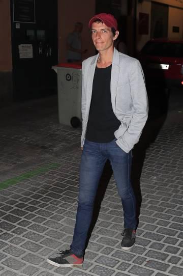 Camilo Blanes, a su llegada a Madrid para el velatorio de su padre, Camilo Sesto, el pasado 9 de septiembre.