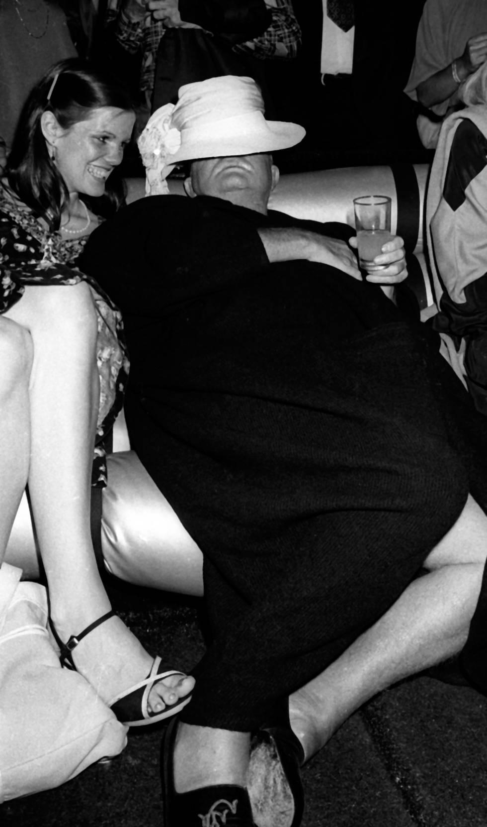 Kate Harrington y Truman Capote en una fiesta benéfica organizada por Martha Graham en Studio 54 en 1978.