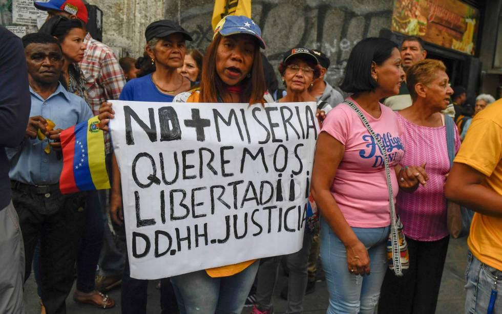 Opositores venezolano se manifiestan en Caracas el pasado jueves.