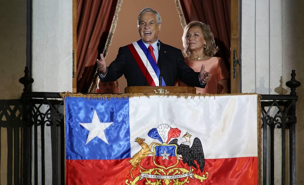 Sebastián Piñera y Cecilia Morel en La Moneda, en 2018.