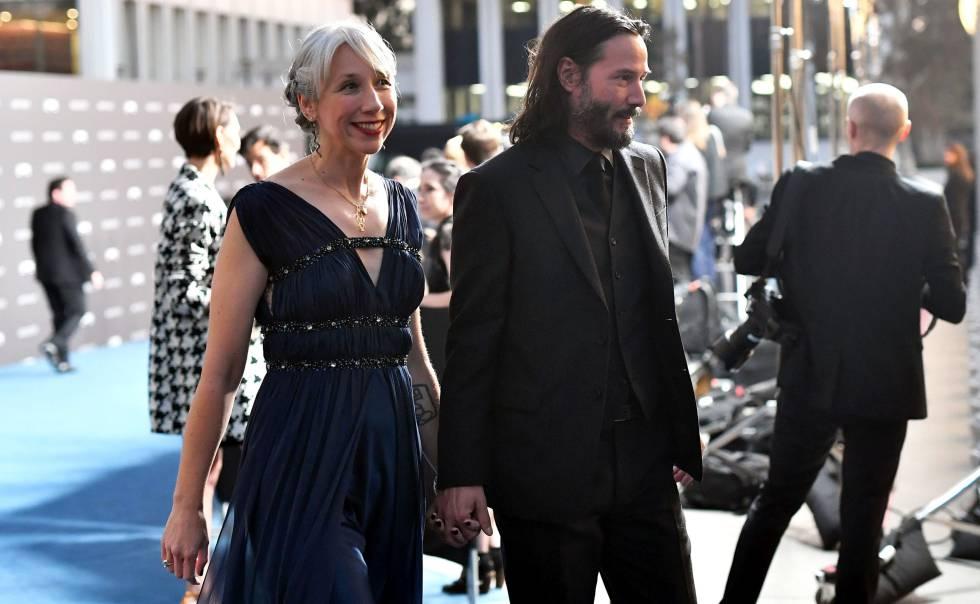 Keanu Reeves y Alexandra Grant en la gala del LACMA en Los Ángeles.