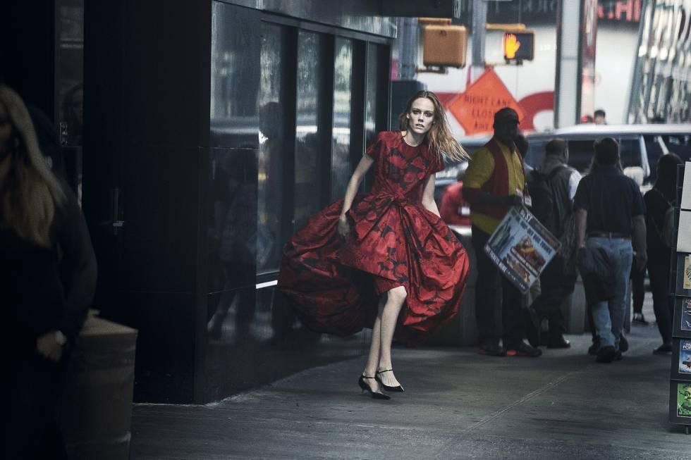 Kiki Willems en 2018, con vestido de la colección primavera-verano de 1960 de Yves Saint Laurent.