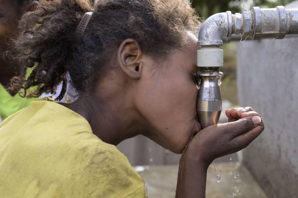 Una nueva tecnología española potabiliza agua en Etiopía