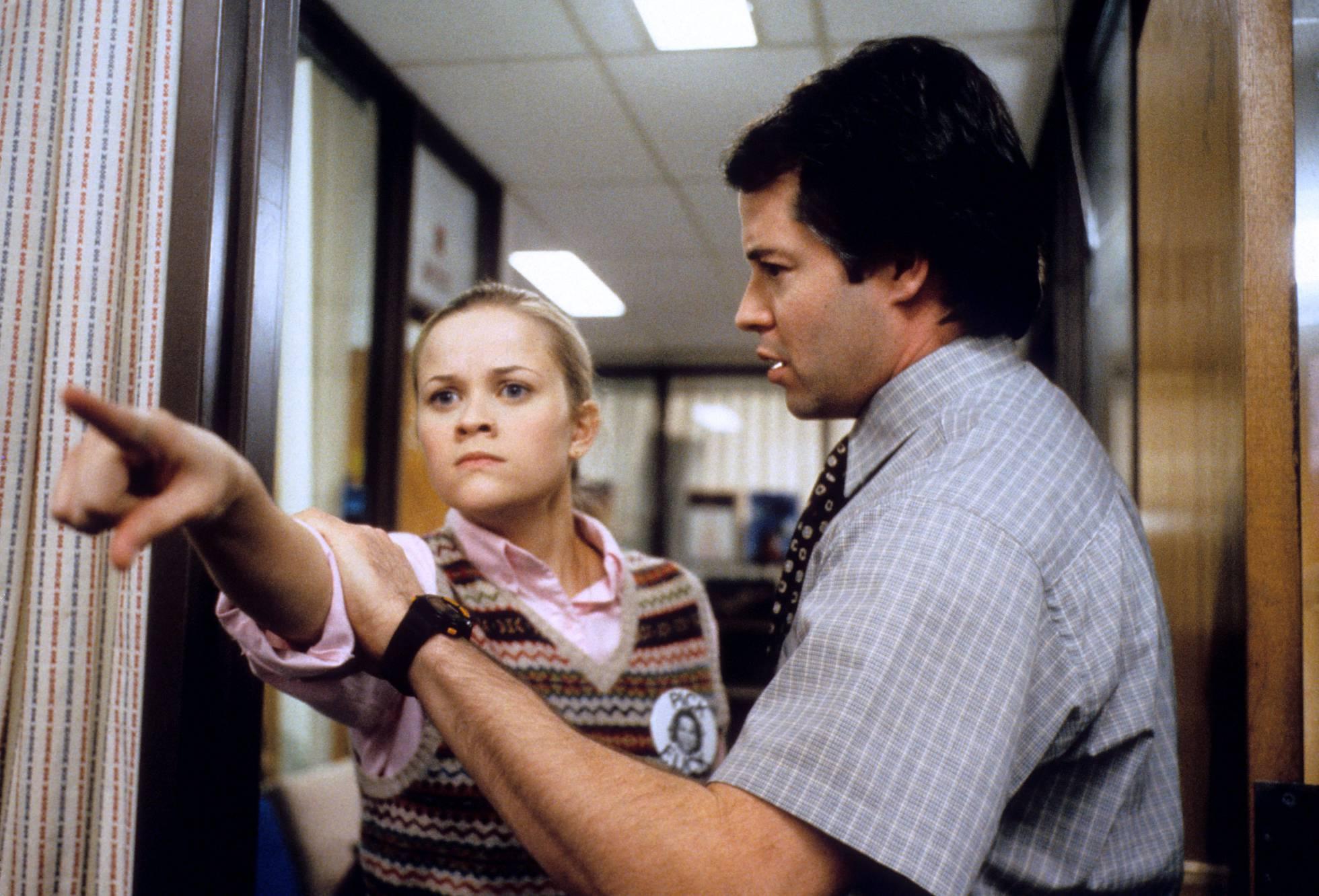 Nada pode ser máis prexudicial para un profesor (Matthew Brotherick) que un estudante obsesivo e perfeccionista (Reese Witherspoon). Comprámolo en