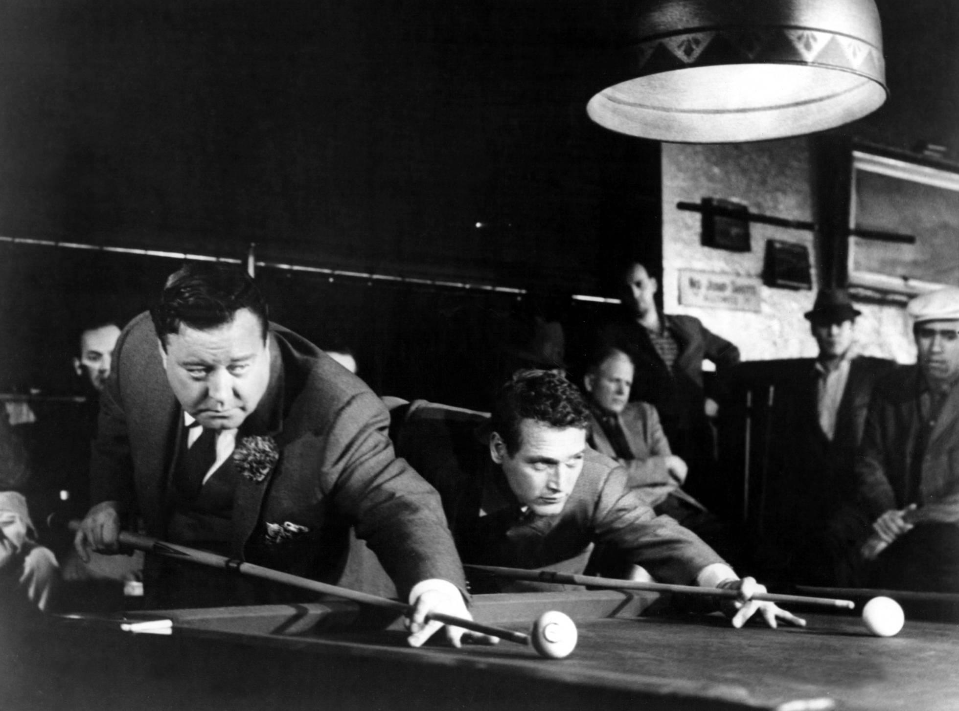 Jackie Gleason e Paul Newman en 'El Espidas', unha rivalidade ao redor da mesa de billar.'El buscavidas', una rivalidad alrededor de la mesa de billar.