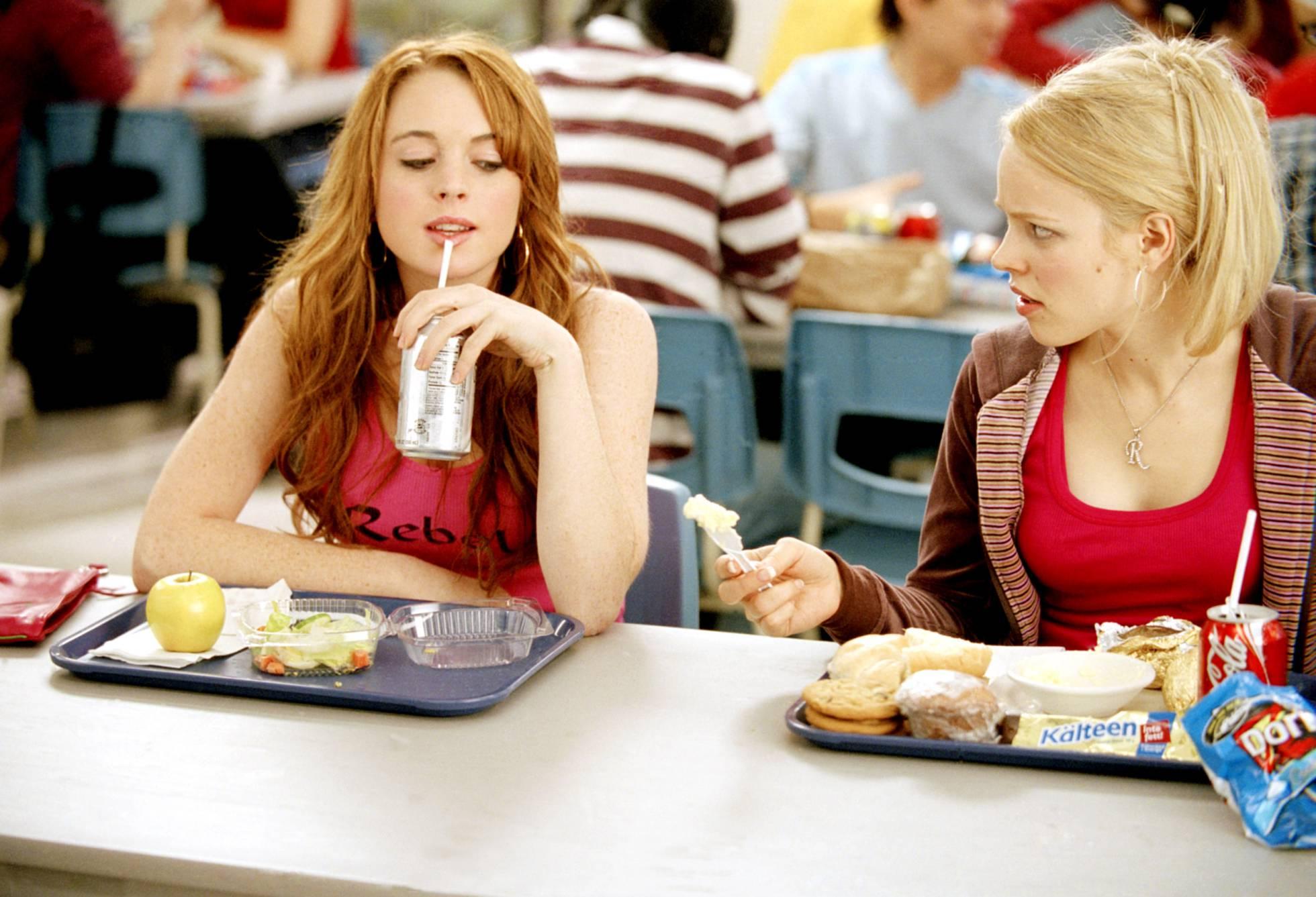 Non é máis axeitado para unha gran rivalidade que un instituto, Como Lindsay Lohan e Rachel McAdams demostraron en 'Bad Girls'.'Chicas malas'.