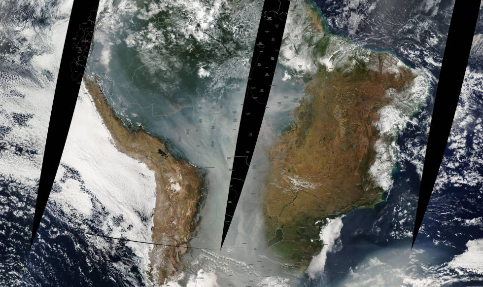 The smoke from the fires of summer 2010 covered much of the eastern slope of the Andes