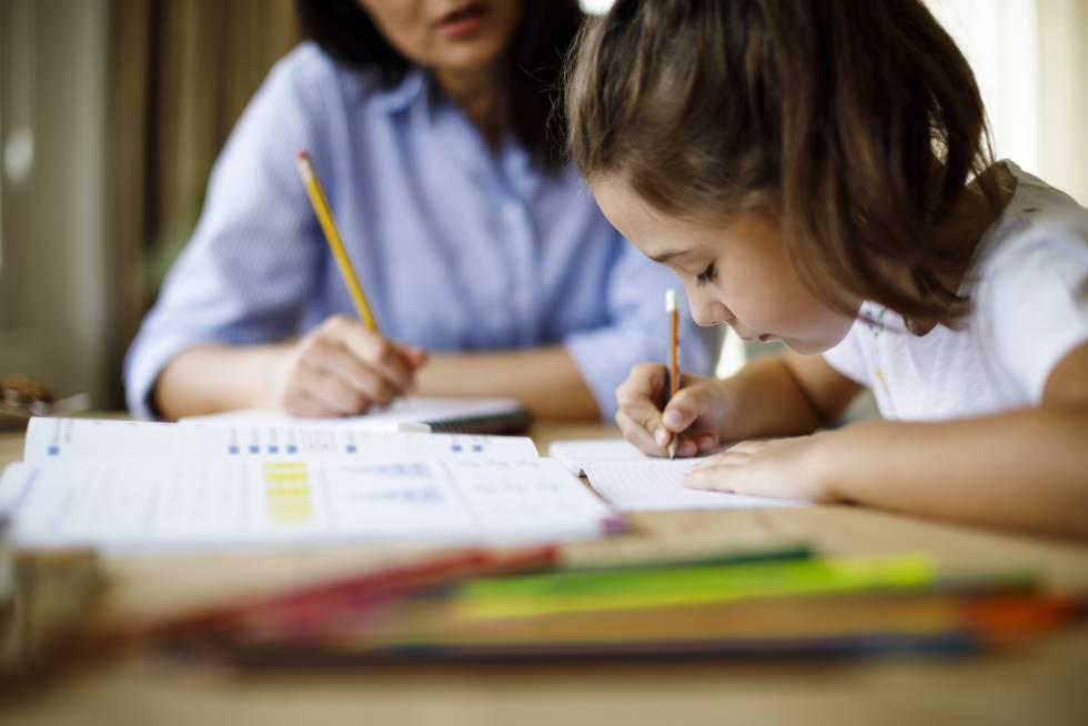 Tu hijo no se define por sus notas escolares y otros demonios de la crianza