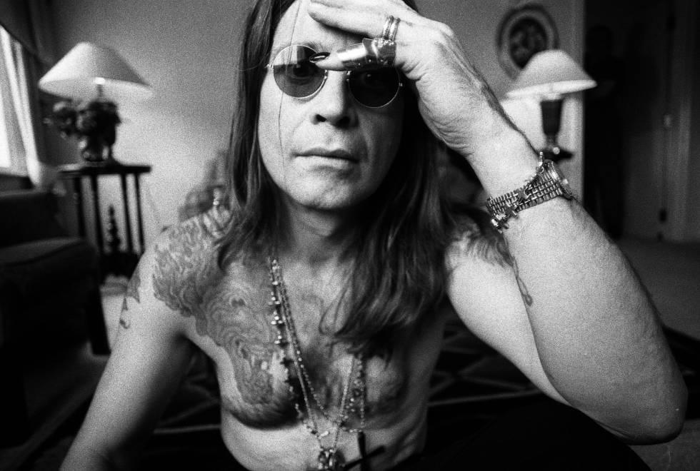 Ozzy Osbourne, con 43 años, fotografiado en Londres en 1991.
