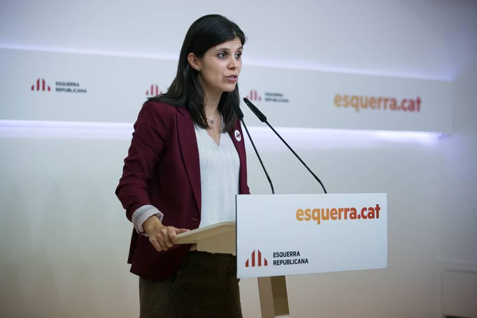 Rueda de prensa de Marta Vilalta, portavoz de Esquerra, tras conocer los resultados de la consulta interna a la militancia sobre la investidura de Pedro Sánchez.