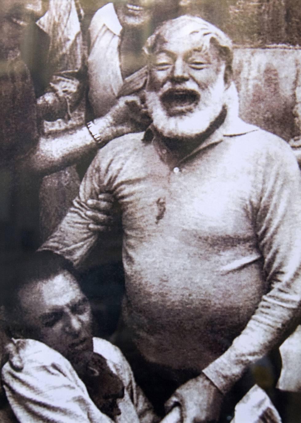 Hemingway en los sanfermines en los años cincuenta.