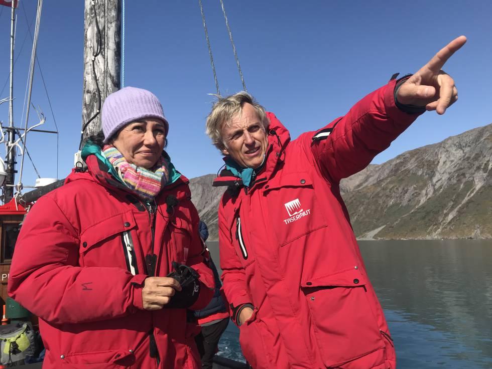 Ana Botín, con Jesús Calleja, en Groenlandia.