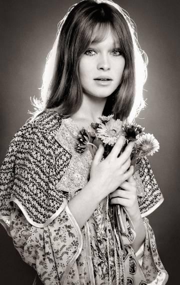 Retrato de 1973, cuando la artista vivió su momento 'flower power'.