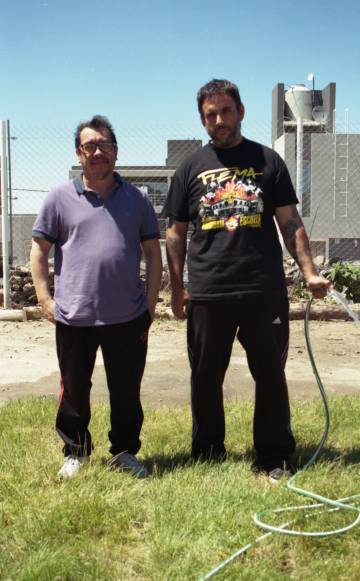 Óscar Carrasco y Hernán Moreno, profesores de secundaria y activistas.