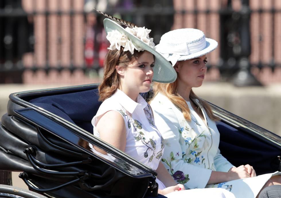 Las princesas Eugenia y Beatriz de York, en Londres, en 2017.