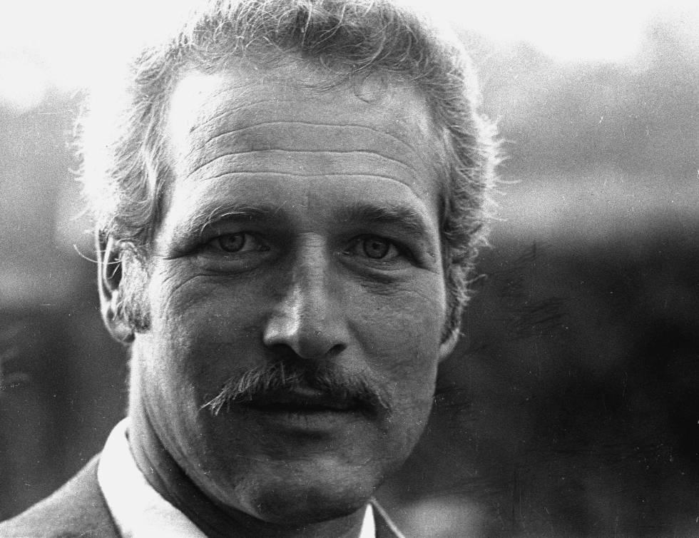 El actor en los años setenta, luciendo el obligado por esa época bigote.