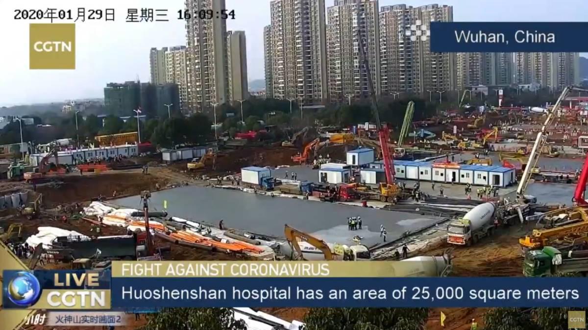 Millones de personas siguen en directo la construcción de los hospitales chinos para el coronavirus