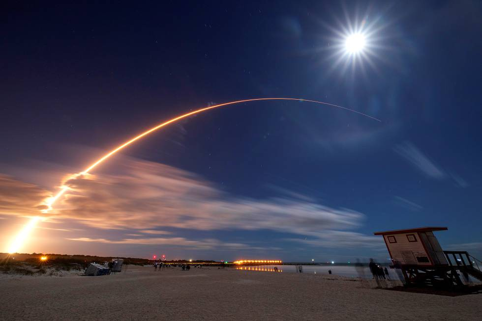 La nave espacial Solar Orbiter, en su despegue en Cabo Cañaveral, Florida (EE. UU.), Febrero. 9.