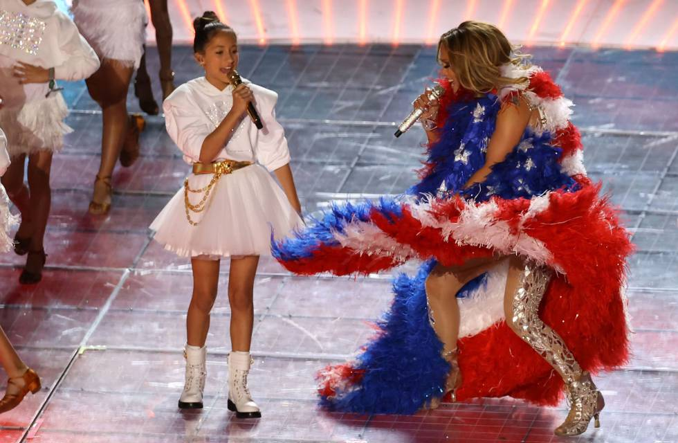 Jennifer Lopez y su hija Emme.