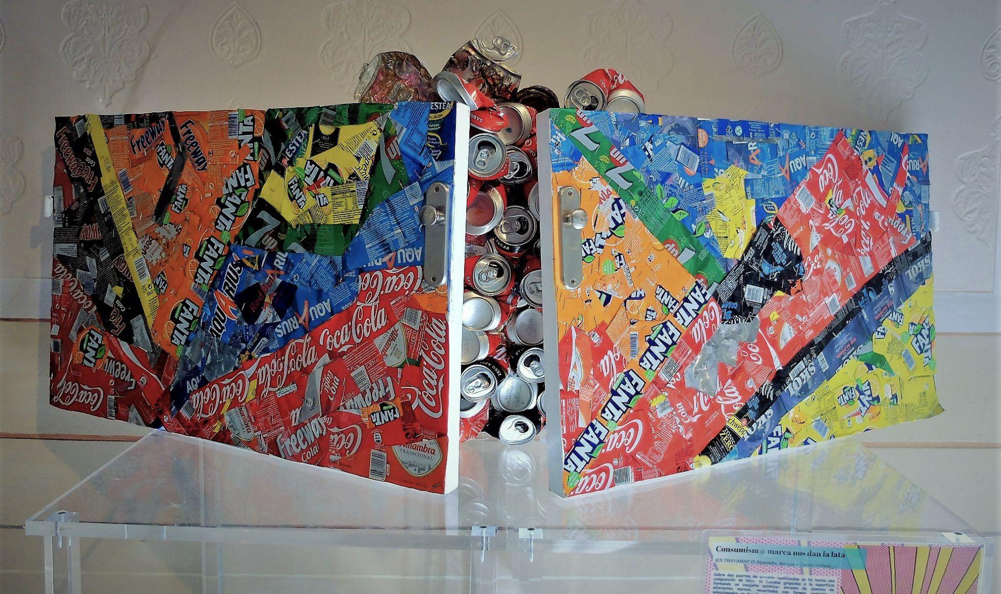Cosumism@ marca nos dan la lata.IES 'TRAYAMAR'