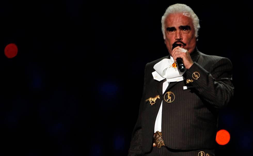 El cantante Vicente Fernández, que cumple 80 años.