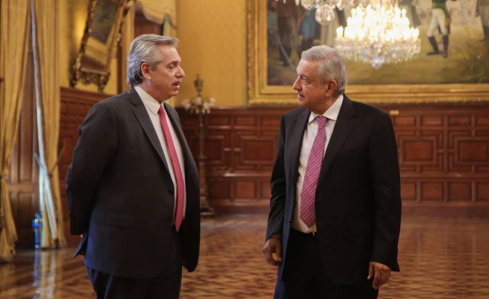 Alberto Fernández, presidente de Argentina y Andrés Manuel López Obrador, presidente de México, en la capital mexicana en noviembre pasado.