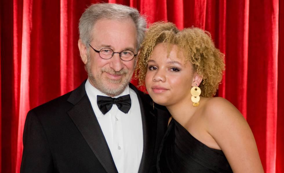 Niña teniendo sexo real porno Mikaela La Hija De Steven Spielberg Actriz Porno Y Estriper Con El Apoyo De Su Padre Gente Y Famosos El Pais