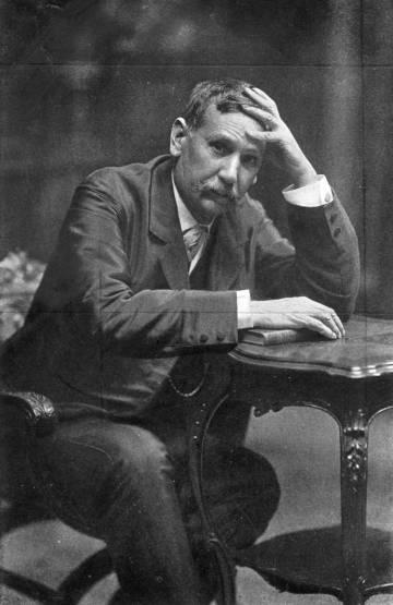 Retrato de Benito Pérez-Galdós, en torno a 1890.