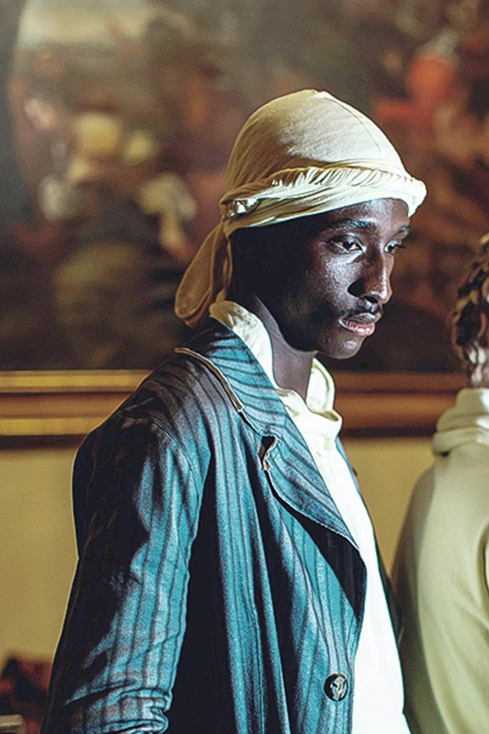 Retrato de uno de los modelos del desfile de Telfar, celebrado en el palacio Corsini (Florencia).