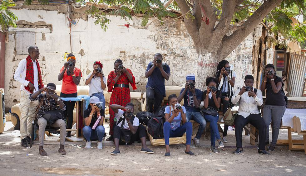Foto del grupo participante en el taller procedentes de Senegal, Benín, Malí, Costa de Marfil y Congo-Brazaville.