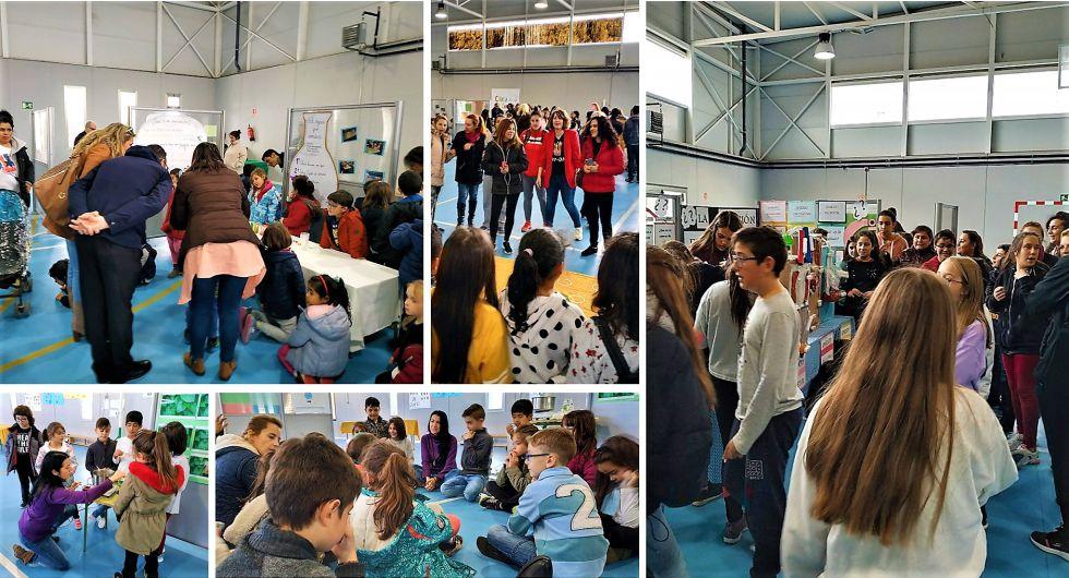 Familiares participando en la I Feria de las Ciencias del Colegio 'Calipo'