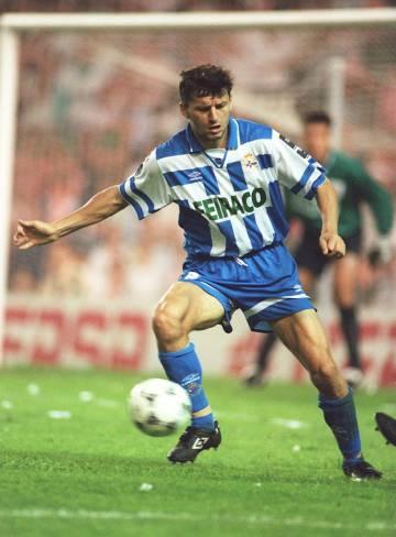 Miroslav Djukic, del Deportivo, durante un partido disputado en 1995.