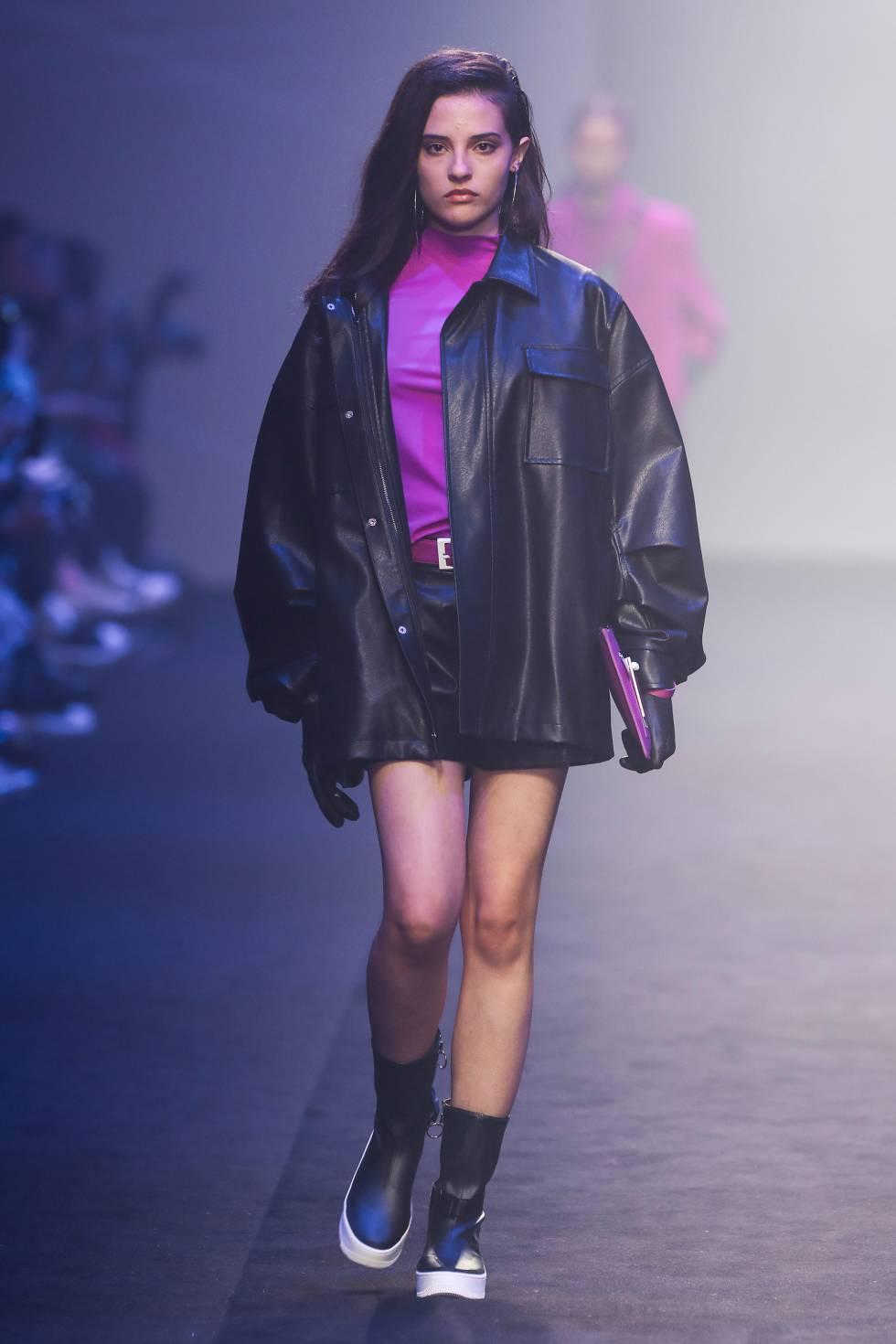 Un momento del desfile de Roaringwild durante la semana de la moda de Shanghái el pasado mayo.