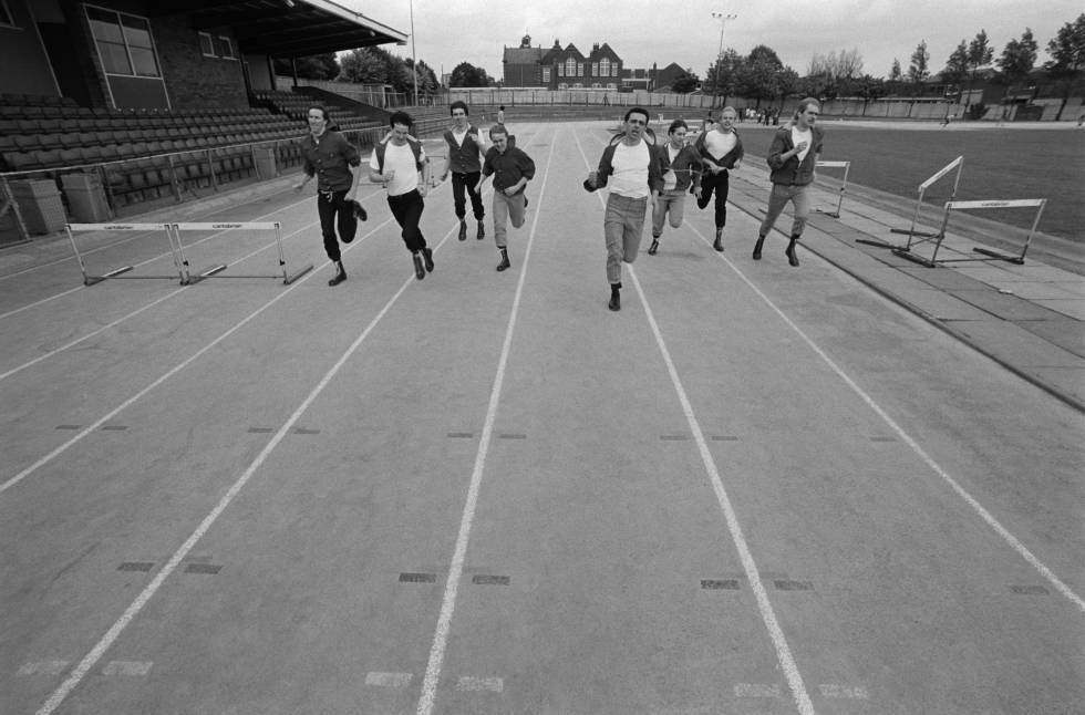 Dexy's Midnight Runners, corriendo para llegar al final de su primera etapa musical, que terminó a lo grande y a lo largo, como demuestra este tema.