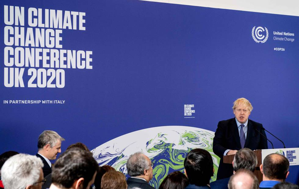 El primer ministro británico, Boris Johnson, participa en febrero en un acto de la cumbre del clima.