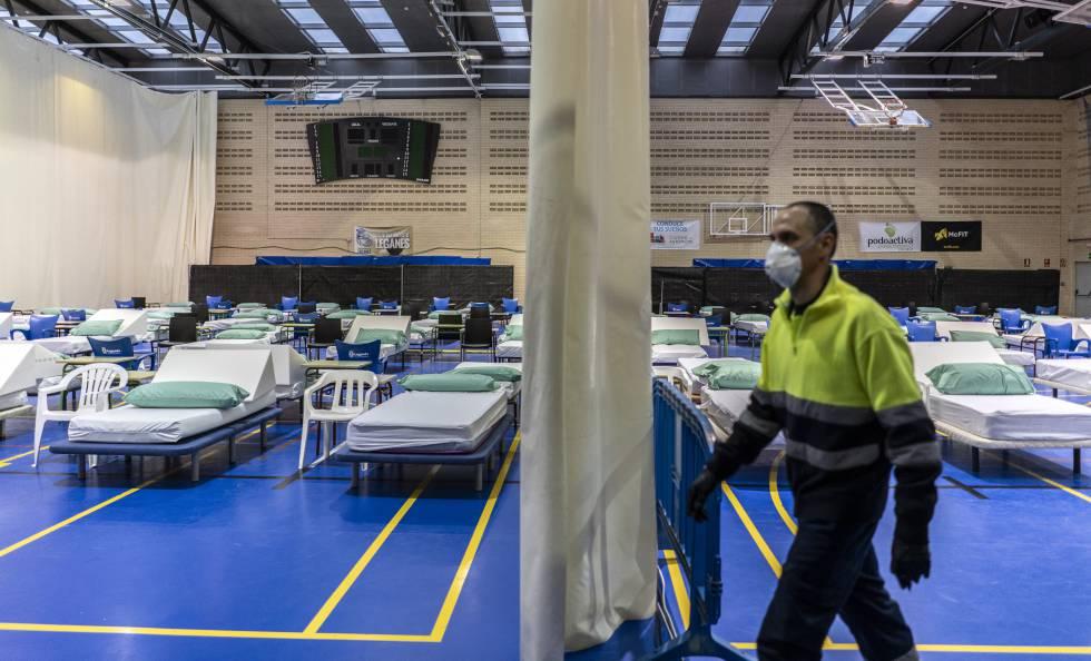 Hospital instalado por Medicos Sin Fronteras para tratar enfermos de coronavirus en Leganes.