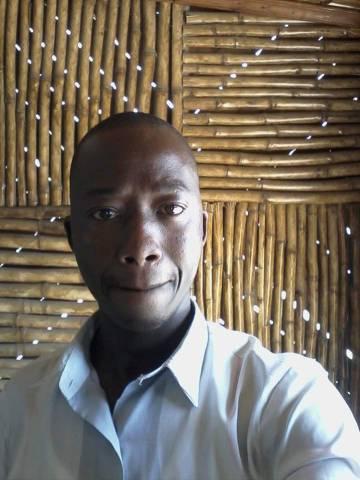 Benedict Muindi, empresario keniano de negocios de catering.
