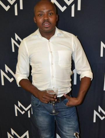 El periodista sudafricano Mophethe Thebe.