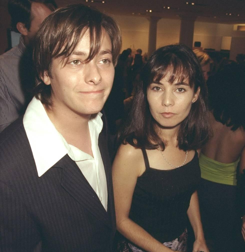 Eddie Furlong y su mujer Jackie Domac en una fiesta en 2001.
