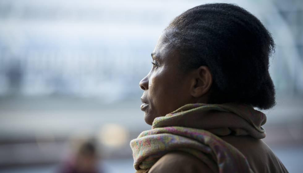 Esther Kiobel, la mujer que se ha atrevido a llevar a la justicia a la petrolera Shell por la muerte de su marido hace más de 20 años.