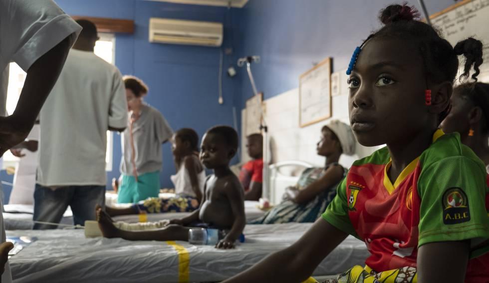 Sala de ingresos del Hospital Universitario Pediátrico de Bangui, en la República Centroafricana.