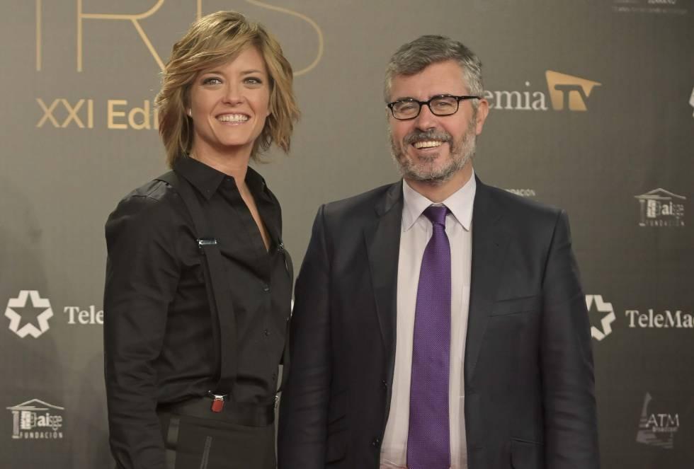 Miguel Ángel Oliver con María Casado en los Premios Iris de 2019.
