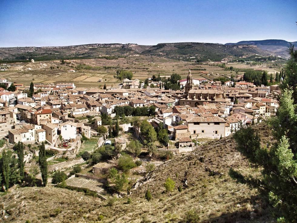 Vista panorámica en el piedemonte de Rubielos de Mora, Sierra de Gúdar.