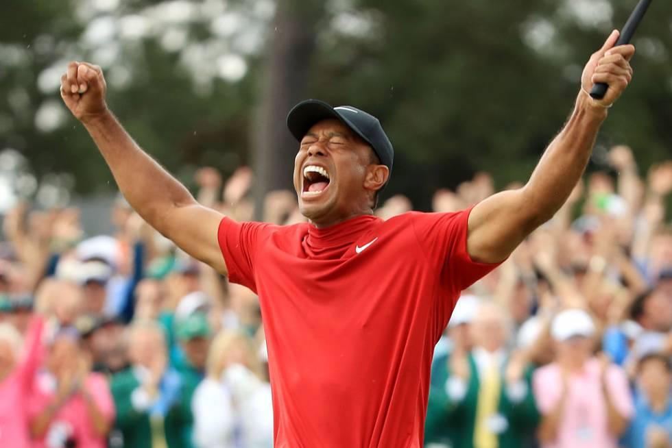Tiger Woods celebra una victoria en el Máster de Augusta en 2019.