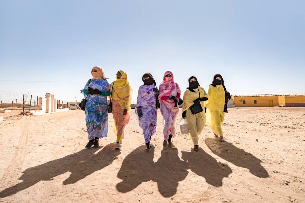 Refugiados Así Se Reinventa La Nueva Generación De Saharauis Atrapada En El Desierto Planeta Futuro El País